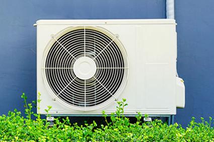 Calorifugeage et raboutage de gaines de ventilation et climatisation