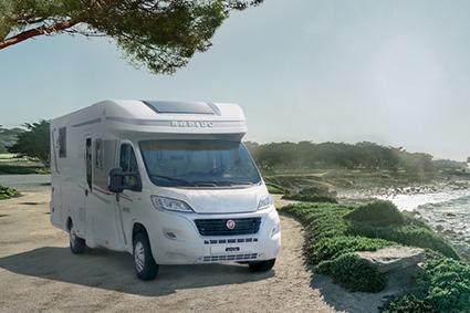 Camping-car Rapido au bord de mer
