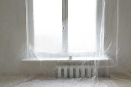 Film de protection de surfaces provisoire de pièces ou d'éléments sur chantier
