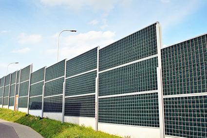 Collage de panneaux anti-bruit